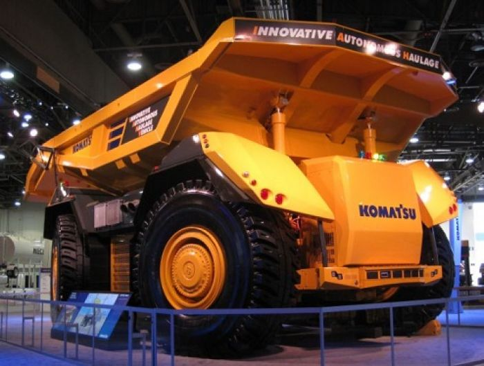 Komatsu Develops Innovative Autonomous Haulage Vehicle