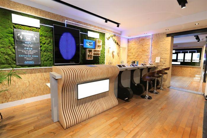 Nissan abre su Electric Café en París