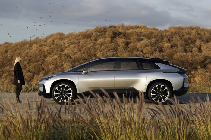 Faraday reveals it FF91 electric car with 1050 HP