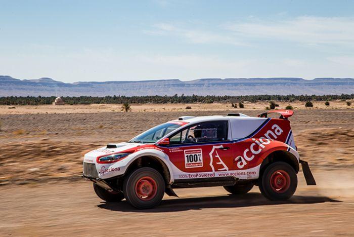 Acciona participa con el único VE en el Rallye Dakar