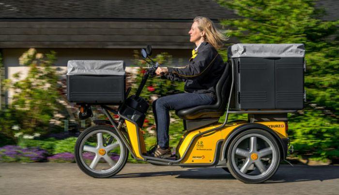 El correo suizo cambia 7.500 vehículos por eléctricos