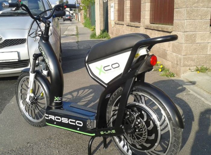 Crosco, un scooter / patinete eléctrico