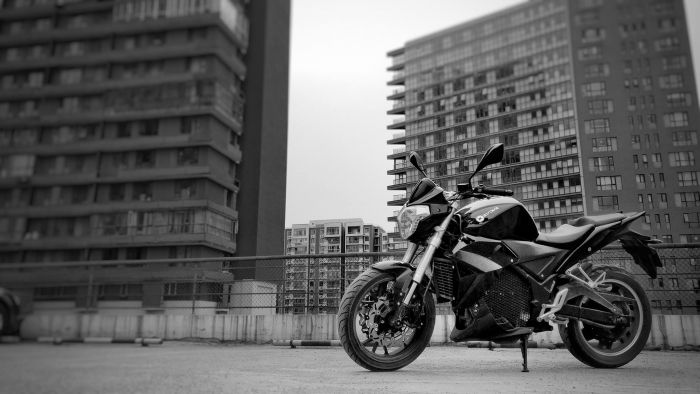 Evoke Motorcycle Urban S Mark 17