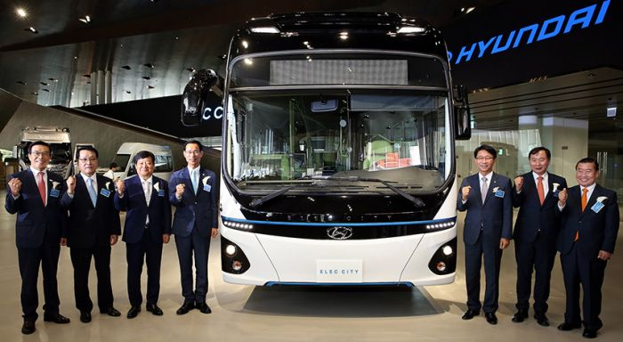 Hyundai presents electric bus