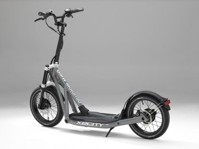 BMW Motorrad presents X2City electric kick-scooter