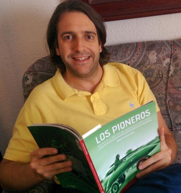 Alvaro Sauras, periodista, disfrutando