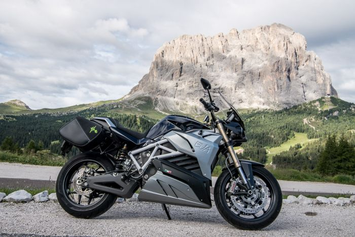 Energica continues its course of growth