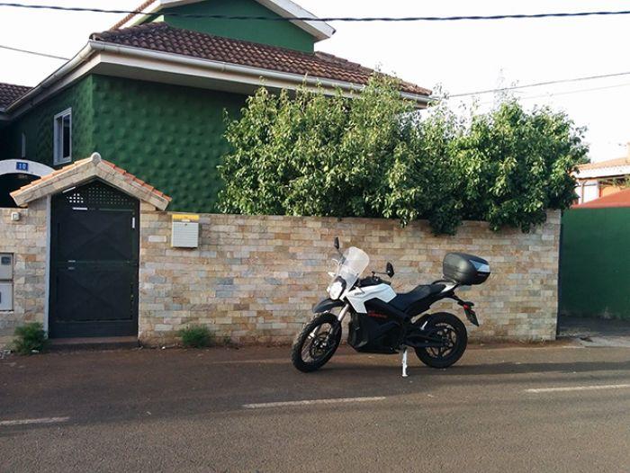 Ruta Nocturna por Tenerife en Moto Eléctrica