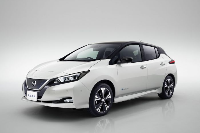 Nissan reveals new Leaf