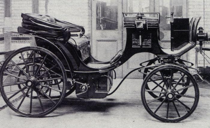 SABÍA UD.: El Rey y la Reina en coches eléctricos