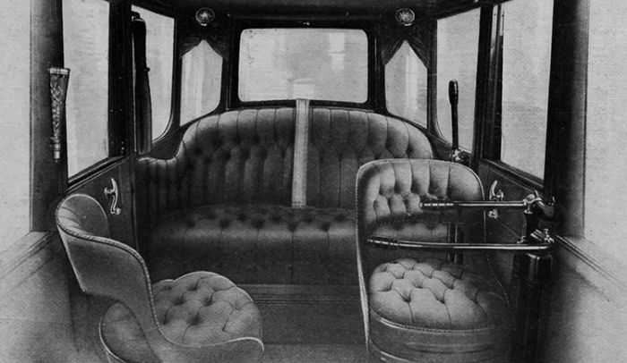 Detroit Electric in the new book Silent and Clean