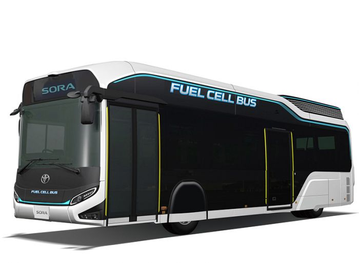 Toyota unveils FuelCell Bus for 2018
