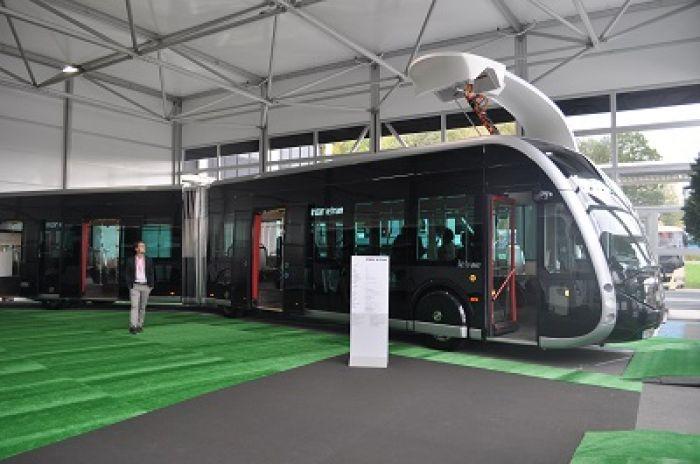 Irizar presenta el articulado eléctrico ie tram