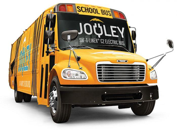 Daimler introduce primer autobús escolar eléctrico en EE.UU.