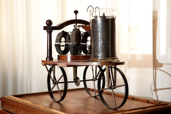 Stratingh & Becker electric vehicle from 1835