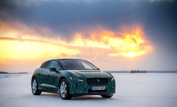El Jaguar I-Pace deja el mundo helado...