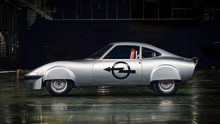 Sabías que existía una versión eléctrica del Opel GT