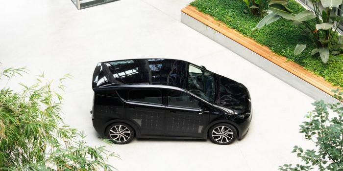 El coche eléctrosolar Sono, listo para su producción