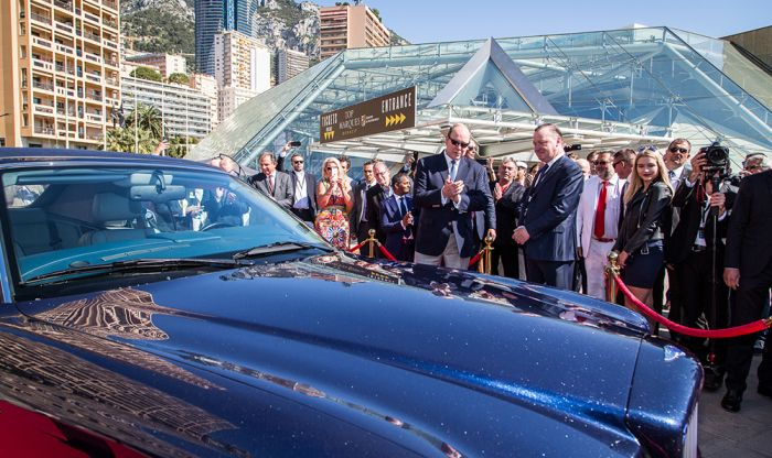 Alberto de Mónaco apoya coches eléctricos