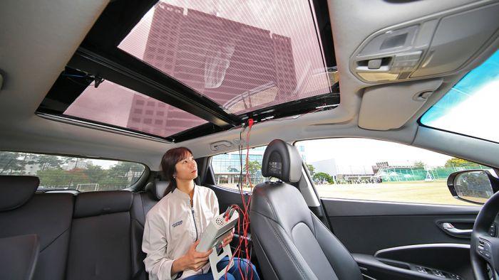 Hyundai con energia solar en sus coches