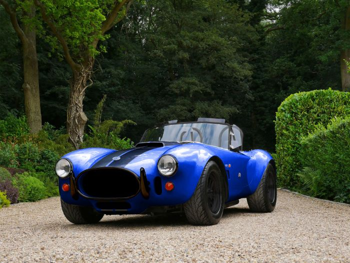 AC Cobra Series 4-electric, for a new age