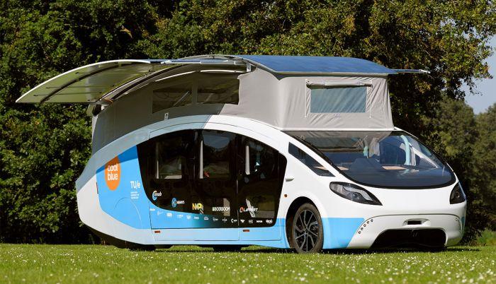 Dutch Solar Team Eindhoven presents solar powered mobile home