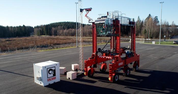 Kalmar fabrica el primer supercargador para carretillas electricas de contenedores