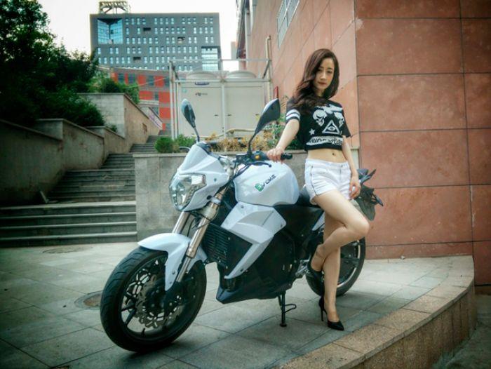 Evoke debuts first smart electric motorcycle at EV Taiwan