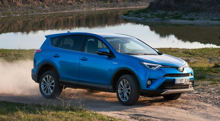 El Toyota RAV4 híbrido ya se vende en España