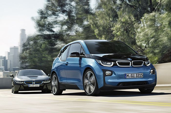 BMW i3 with a new 94 AH battery