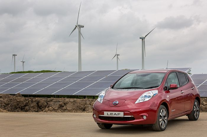Nissan Sunderland switches on solar farm