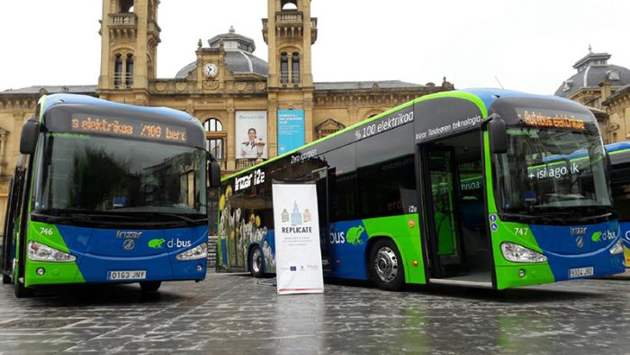 Three Irizar i2e electric buses in San Sebastian