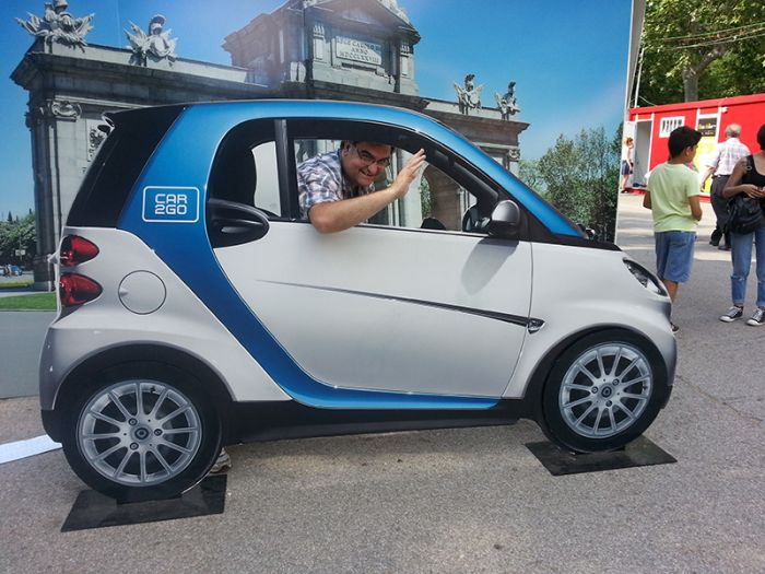 Taking a Car2Go electric smart in Madrid