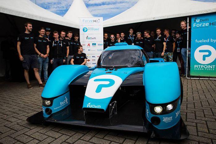 Forze presenta su coche de carrea de hidrógeno VII