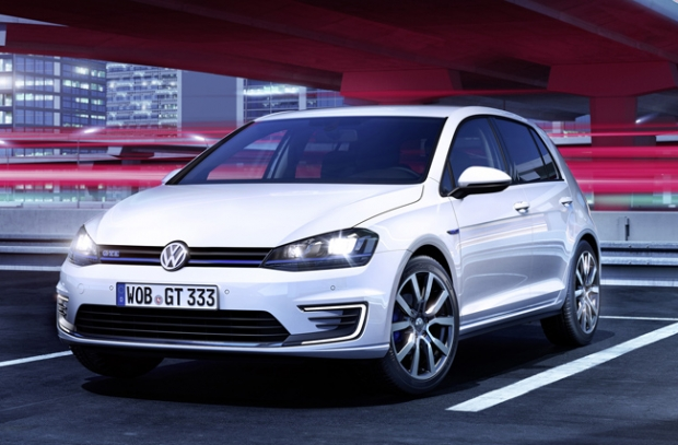 Volkswagen Golf GTE - debut at Geneva