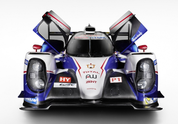 Toyota Racing presents new TS040 Hybrid