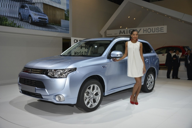 Mitsubishi Outlander Plug-In helps to increase sales