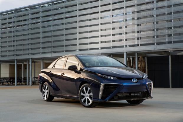 Toyota Mirai hydrogen - more than 1.500 orders