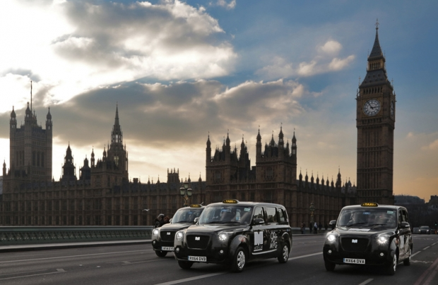 METROCAB BECOMES LONDON'S FIRST RANGE EXTENDED ELECTRIC BLACK CAB