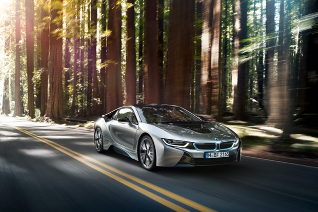 BMW i8 gains World Green Car Award