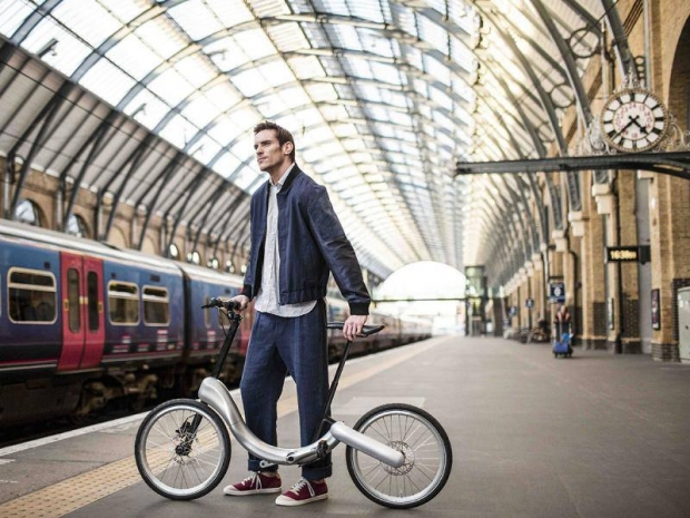 JIVR electric bike, styling and functionality