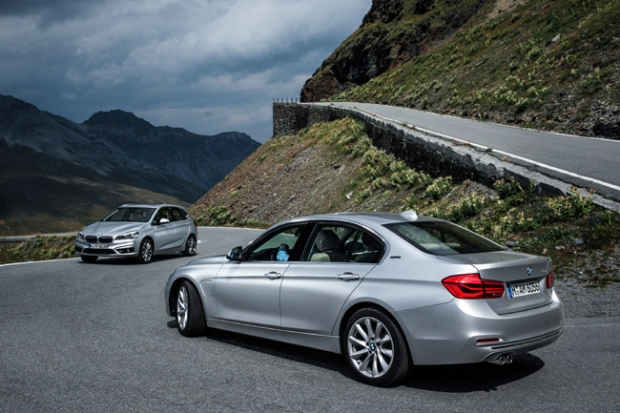 BMW 220xe and 330e hybrid plug-in