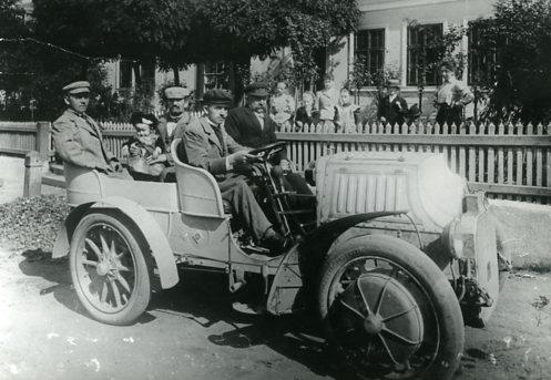 El primer Porsche híbrido