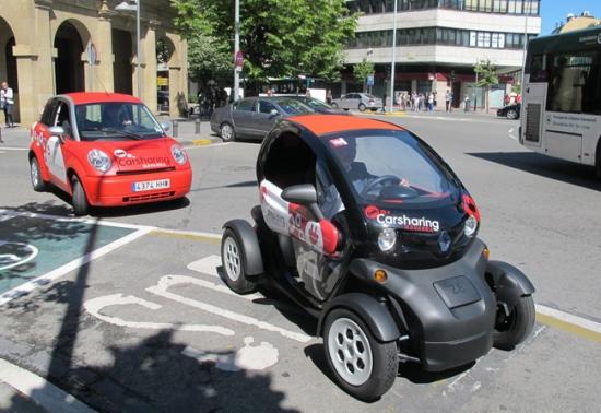 Pamplona con los coches eléctricos