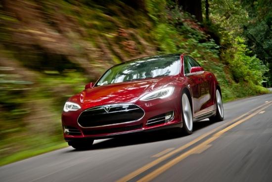 Tesla vende más coches eléctricos que previsto