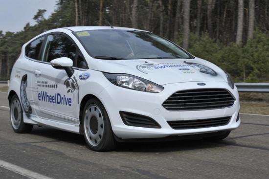 Ford con motores en los bujes de rueda
