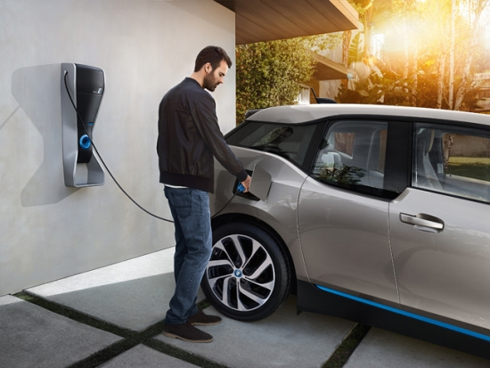 BMW i con Schneider Electric